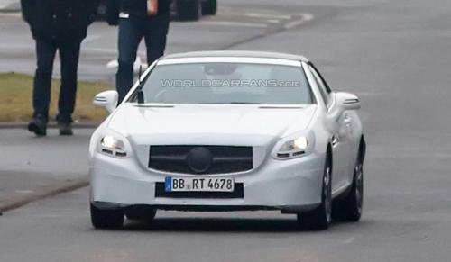 Gia Xe Mercedes Sandy